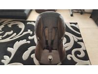 Maxi Cosi car seat suitable for ages 9 months -3/4 years.