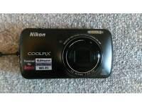 Nikon Coolpix S800C Android Digital Camera