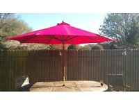 GIANT 3M RED GARDEN UMBRELLA/PARASOL, WINCH LIFT AS NEW PLUS FREE HEAVY DUTY COVER