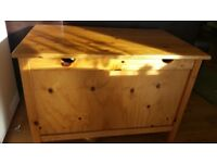 Storage box for toys or bankets