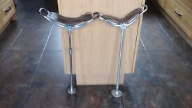 Vintage Shooting Sticks x 2 both with stout leather seats