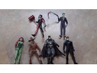 6 Batman action figures for sale, Batman, Harley Quinn, Joker, Poison ivy, Nightwing and scarecrow
