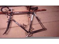 Project bike: Vintage bsa frame and parts..Ideal single speed build