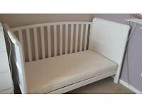 Babies r Us Tuscany Cotbed - White
