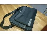 Tech Air Shoulder Laptop Bag (Newish)