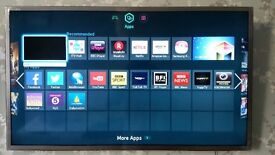 Samsung 40'' smart LED TV for sale. Excellent condition with no issues