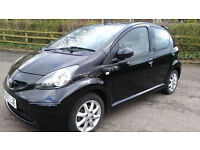 AYGO BLACK EDITION 1 OWNER