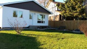 Great priced home in a great neighbourhood in Matheson