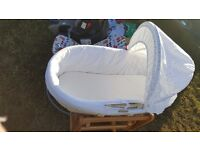 Swinging Crib/moses basket