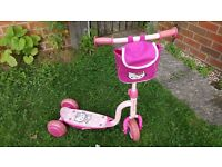 Hello Kitty 3 wheels pink scooter with bag