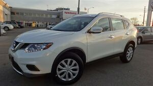 2016 Nissan Rogue S|REARVIEW CAMERA|BLUETOOTH|LED LIGHTS|