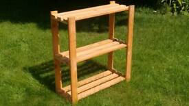 Wooden shelf unit/bookcase