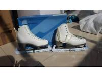 Size 7 womens ice skates for sale