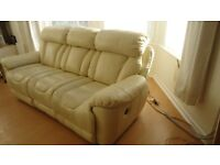 3 + 2 SEATER ELECTRIC RECLINER SOFAS CREAM IMACULATE