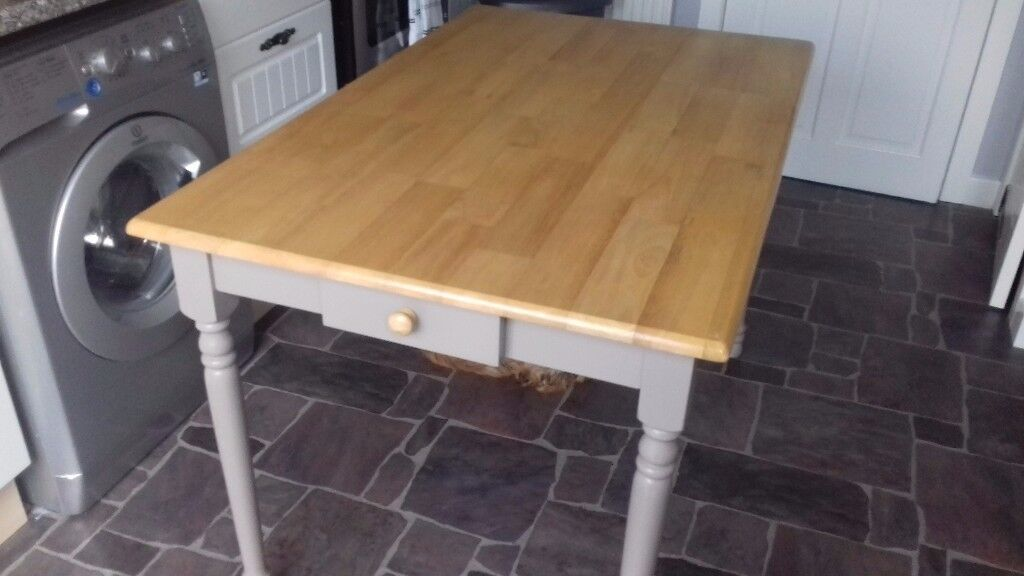 Kitchen table good condition. Length 2 metres width 75cm height 76cm