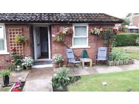 Lovely 1 Double bedroomed Bungalow next to Buile hill park.