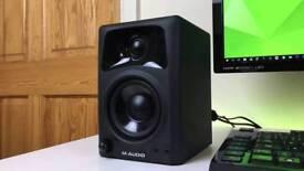 ONE M-Audio AV32 Speaker for DJ