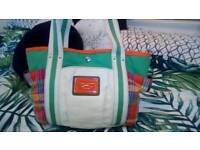 Tommy hilfiger cream multi checked handbag shoulder bag