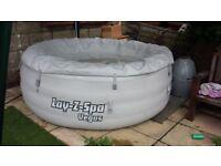 Hot Tub lazy spa vegas 4 to 6 ppl