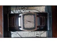 Henley's watch