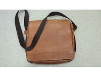 OSPREY LONDON THICK TAN HIDE LEATHER MESSENGER BAG ORIGINALLY ALMOST £200 SELL FOR £15
