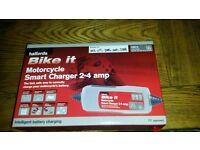 bnib halfords motorbike charger
