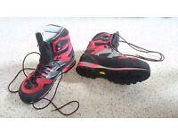 Mammut mountain boots size 10