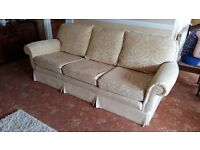 Peter Guild Quality 3 piece Suite V.G.C 2 Arm chairs and a 3 seater sofa