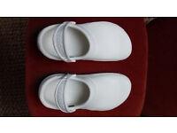 Crocs Bistro White - Women's Size 5