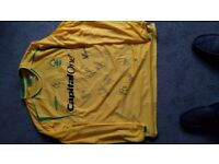 Nottingham Signed Football Shirt Cheap!