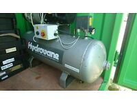 HYDROVANE 502 3 PHASE 90L INDUSTRIAL COMPRESSOR with a service history to 2015