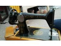 Singer sewing machine (must be collected today)