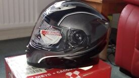 BRAND NEW ROCC 485 MOTORCYCLE HELMET (SMALL ) BNIB