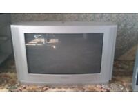 """SAMSUNG 26"""" with remote control £10 ono. this is not a flat screen tv"""