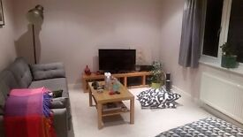 Double bedroom available in a 3 bed town house St Albans