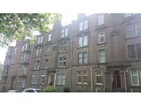 Lovely top floor, unfurnished flat in popular location - Lochee Road, Dundee