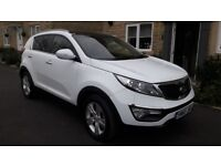 *LOW MILEAGE* White Kia Sportage CRDi 2 2010
