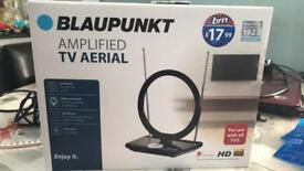 Portable tv aerial mains powered