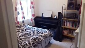 Double room available in a shared house