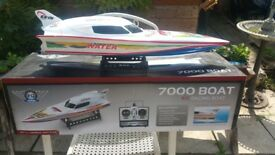 2 x rc speed boats