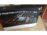 Native instruments Traktor s8 dj controller swap for maschine studio