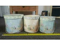 Set of 3 hat boxes. Storage boxes