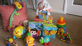 Collection of baby toys - 17 pieces