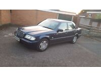 V REG MERCEDEZ C180 CLASSIC 1.8 AUTO MOT TILL END OF OCTOBER EXCELLENT RUNNER ONLY £325 ONO