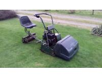 Atco Royale B24 self-propelled ride-on cylinder mower, Briggs & Stratton engine