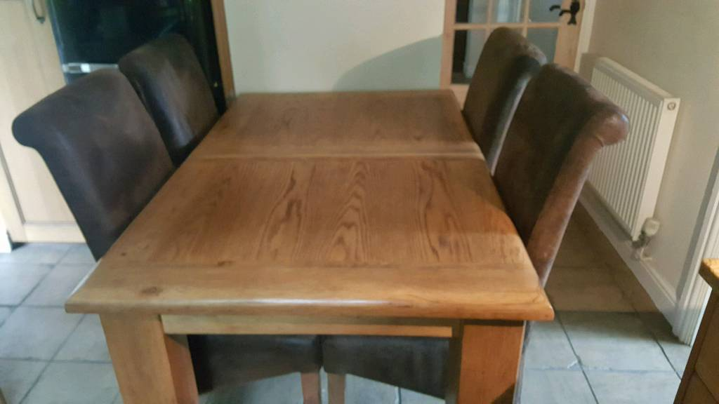 Solid oak extendable table + 6 brushed brown suede chairs