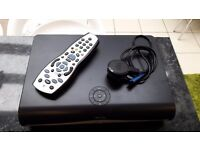 SKY + HD BOX AND SKY REMOTE FANTASTIC CONDITION MODEL DRX890W