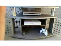 X BOX 1 S 500GB with controller ,mice and a game