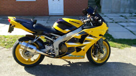 Kawasaki zx6r Ninja zx6 Excellent condition *ONLY 5k Miles* ( not yamaha suzuki honda)