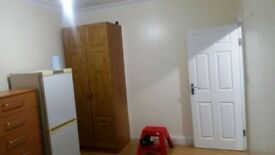 1 BEDROOM FLAT FOR RENT 1150 PCM